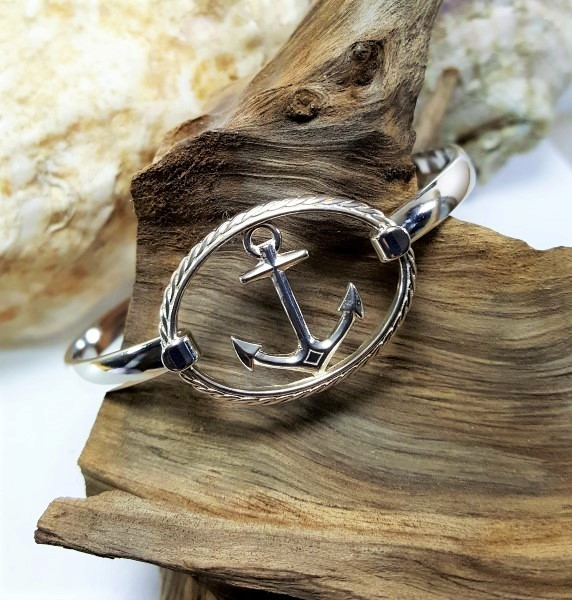Anchor swap top rope oval with sterling silver bangle bracelet